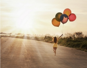 balloon-balloons-dress-h3rsmile.tumblr.com-happiness-happy-Favim.com-49804